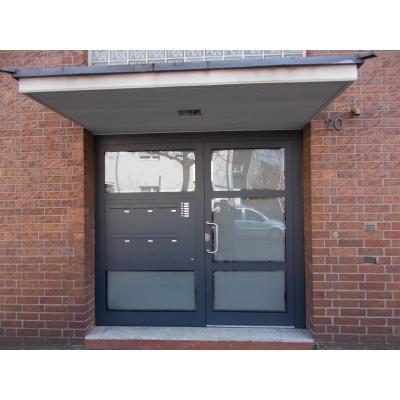 Haustüranlage Aluminium für Mehrfamilienhaus